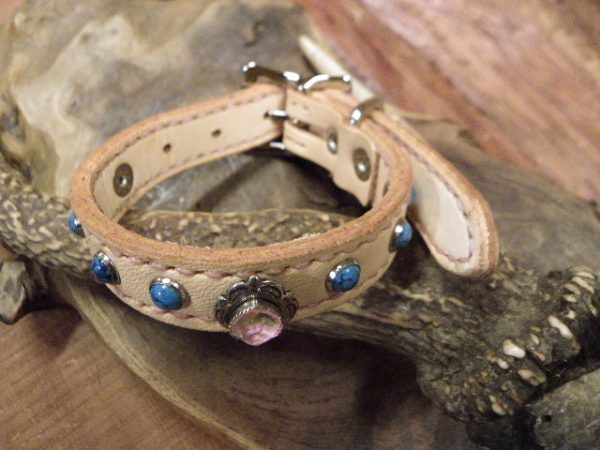 小型犬の首輪完成です。サムネイル