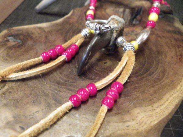 月の輪熊の爪ペンダント・インディアンスタイル完成サムネイル
